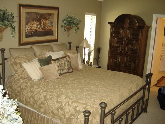 Master Suite with Tons of Storage and Palatial like bath